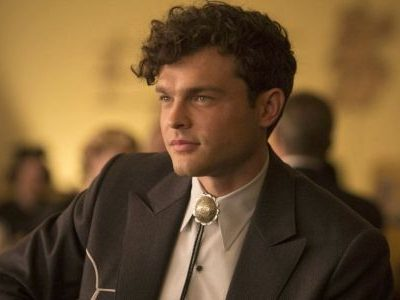 Alden Ehrenreich dating