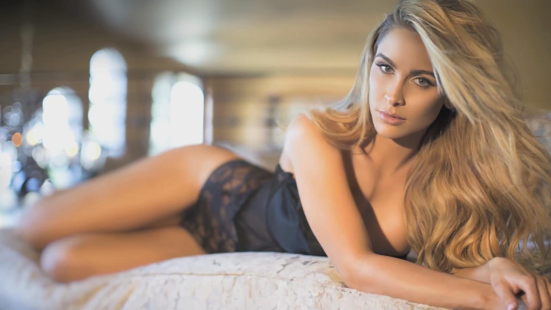 Ellie Gonsalves : wiki, instagram, boyfriend, partner, family, parents, ethnicity. height, birthday