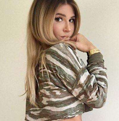 Lauren Pisciotta bio, boyfriend, net worth, age, family, sister, height