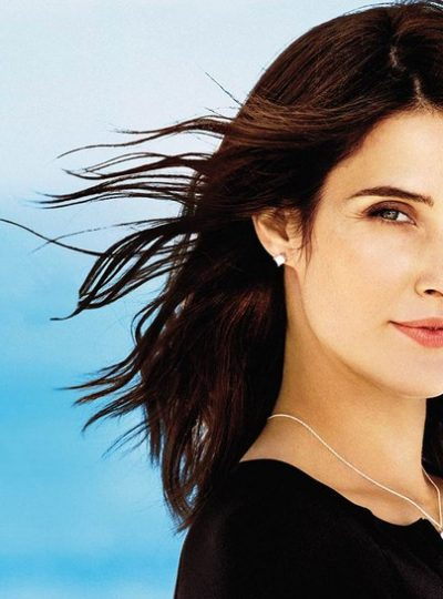 Cobie Smulders husband, kids, net worth, age, bio, wiki, height, family