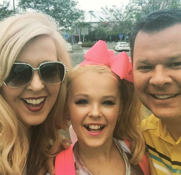 Jojo Siwa parents, family, bio, wiki